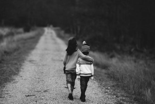 kids-walking